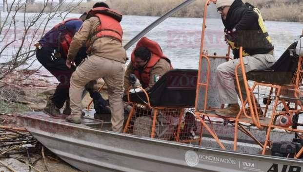 Mujer intentó cruzar río bravo con sus hijos para llegar a EU niños murieron