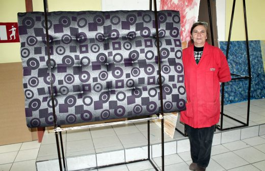 Invitan a inscribirse a taller de tapicer a la opci n de - Talleres de tapiceria ...