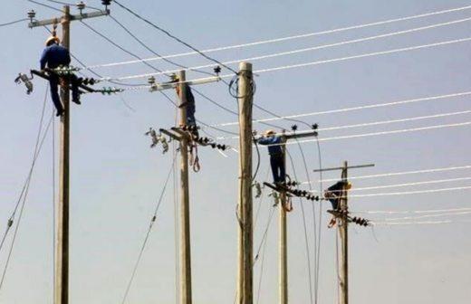Se hunde CFE por la reforma energética