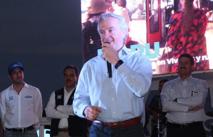 Ratifica Santiago Creel su apoyo a candidatos del PAN