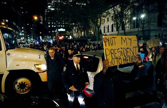 Otra noche anti-Trump: