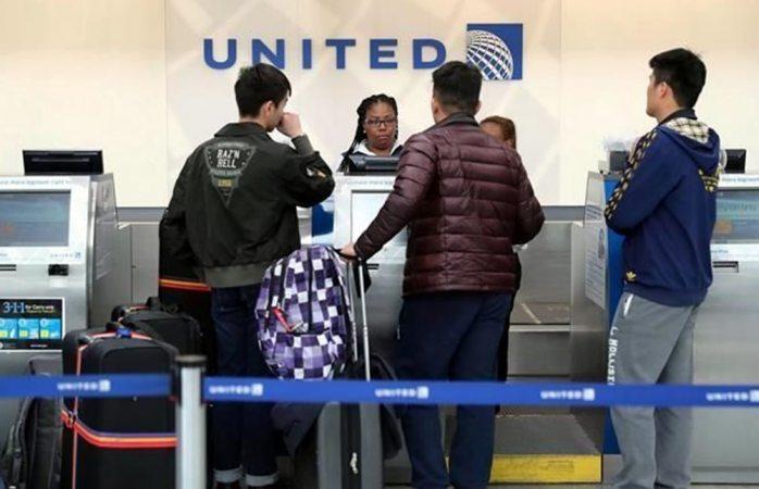 Se quejan de United, ahora por escorpión en avión