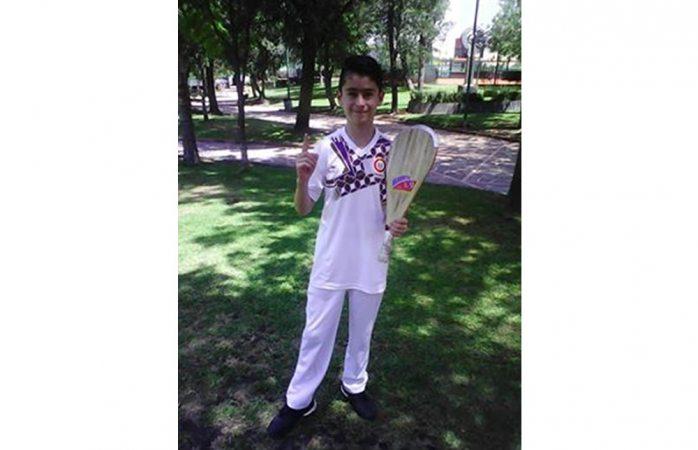 Gana chihuahuense oro en campeonato de frontón