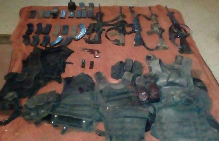 Enfrentamiento militares-delincuentes deja siete muertos