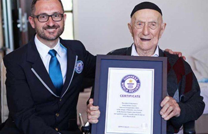 Muere el hombre más viejo del mundo a los 113 años