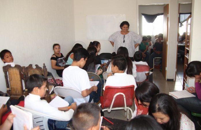 Estudian 55 en cuartito de Telesecundaria en Vistas del Norte II