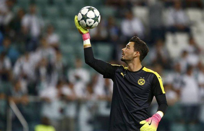 La extraña manía del portero de Borussia Dormunt