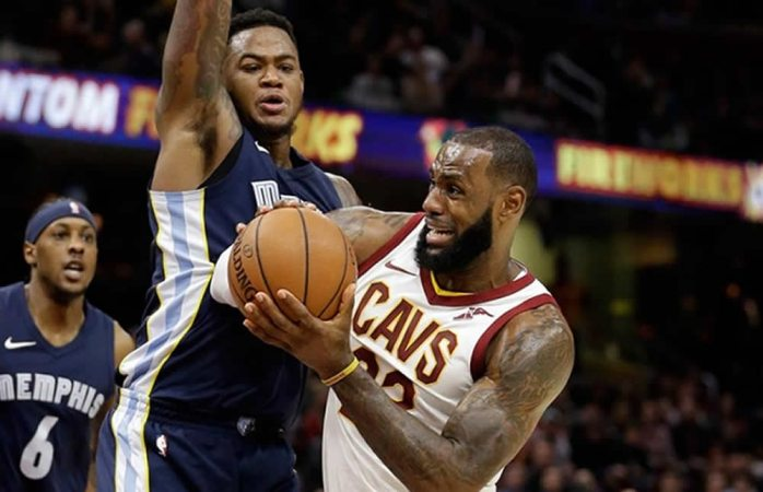 Extienden los Cavaliers racha triunfal a 11 partidos