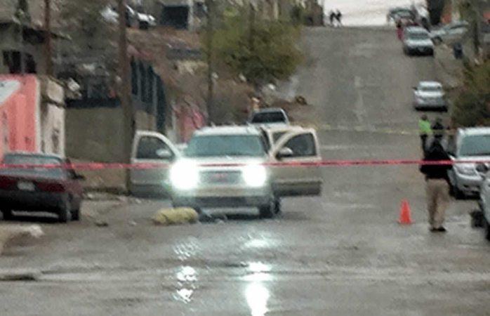 Ejecutan a dos en Juárez en inmediaciones del centro