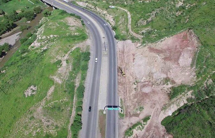 Avanza a un 51% la ampliación en carretera a Aldama