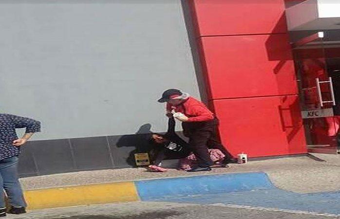 Circula en redes maltrato a niña tarahumara por empleada de KFC