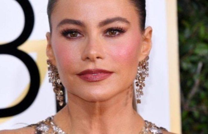 Sofía Vergara criticada por broma anal en los Golden Globe