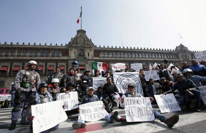Peña Nieto pide a IP un esfuerzo para bajar precios