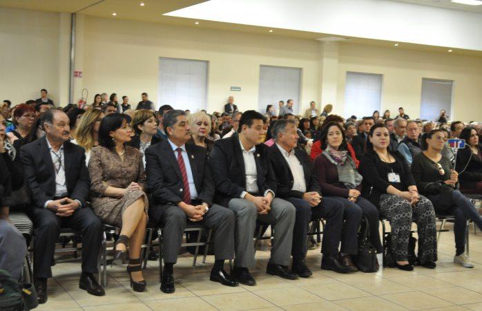 Encabeza Víctor Quintana foro de desarrollo social