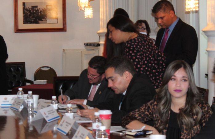 Inician regidores el 2017 con sesión de cabildo