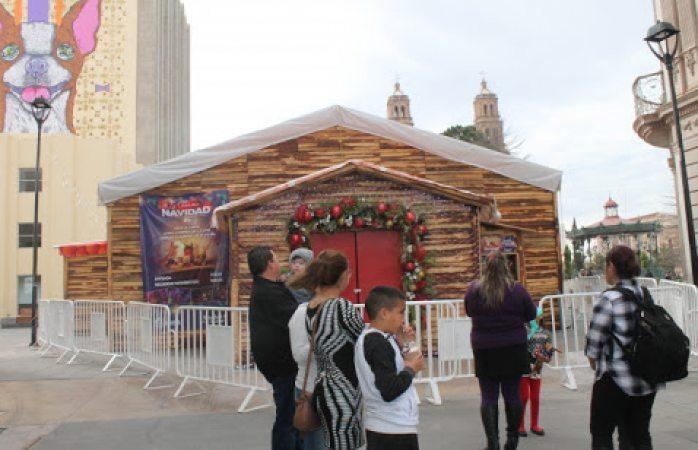 Comienzan a retirar la casita de navidad