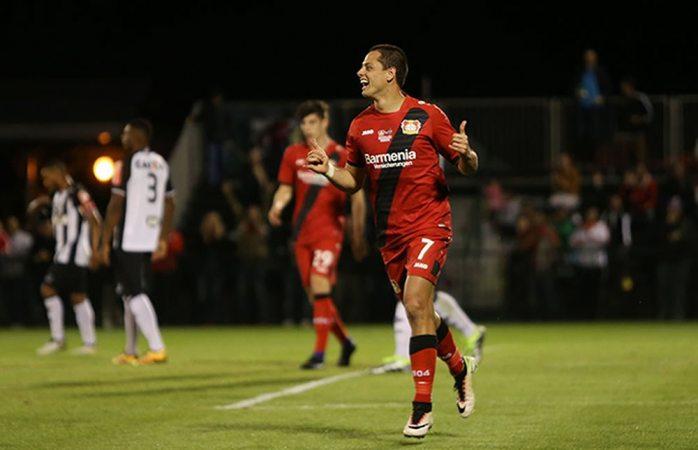 Se reencuentra Chicharito con el gol