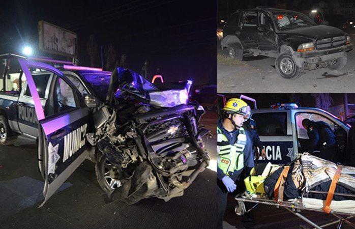 Se atraviesan y chocan contra una patrulla en Ciudad Juárez