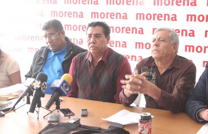 Anuncian taxistas independientes plantón en palacio el lunes