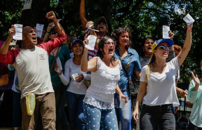 Un muerto y tres heridos en tiroteo durante consulta en Venezuela