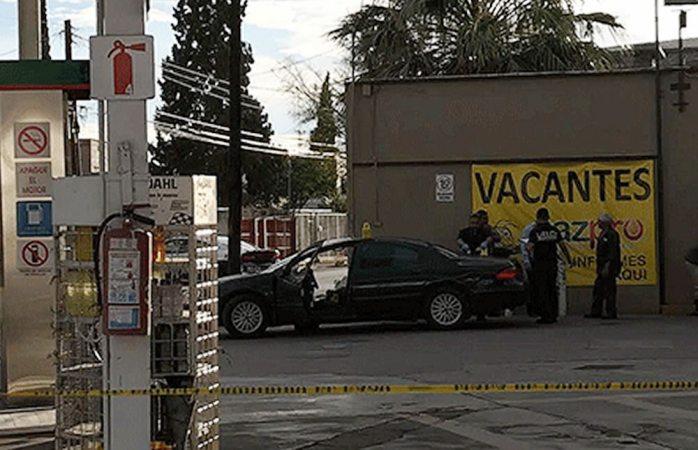 Intentan ejecutarlo en gasolinera en Juárez