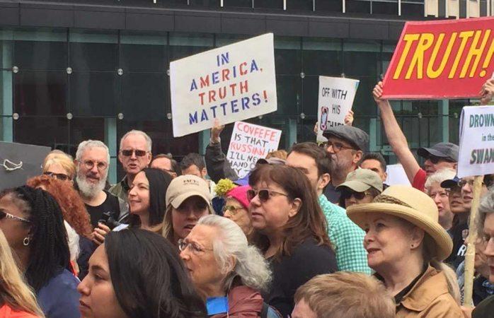 Marcha por la Verdad: Cientos piden investigación contra Trump