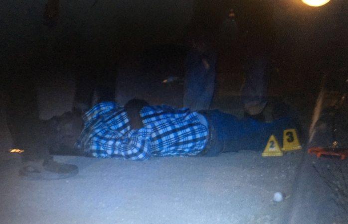 Ejecutan a hombre con el 'tiro de gracia' en las Quintas Carolinas