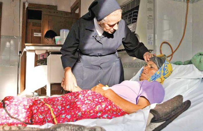 Jesuitas salvan vidas en pueblo rarámuri