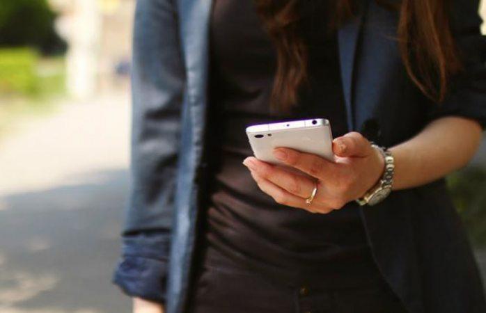 Dan recomendaciones para comprar un smartphone
