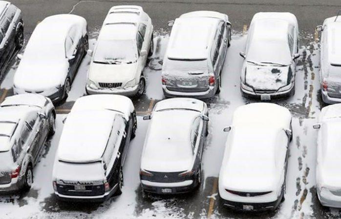 Cancelan más de 500 vuelos en Chicago por la nieve