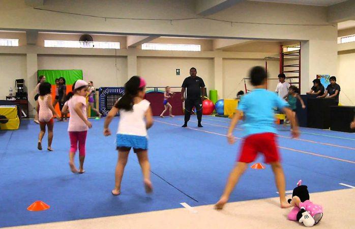 Exhorta Imss a padres de familia inscribir a sus hijos en clases de gimnasia