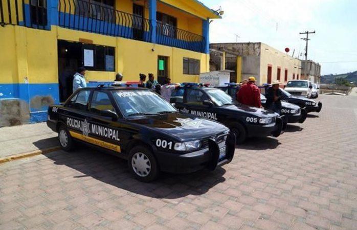 Vinculan a proceso a alcalde, cinco policías municipales y a otros 36 por homicidio