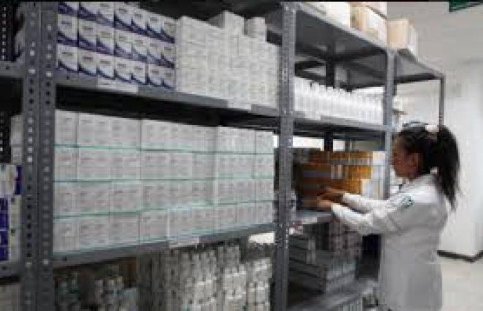 Compra en subasta Imss genéricos para la influenza a mitad de precio