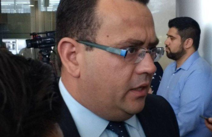 Exhorta diputado a Cabada a rendir cuentas