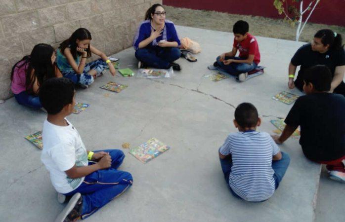 Llevan talleres de mejora comunitaria a Riberas de Sacramento