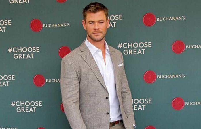 Conquista y ayuda Chris Hemsworth en México