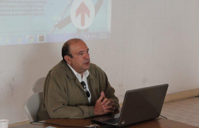 Imparte Morena conferencia sobre ciudades sustentables