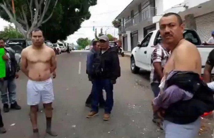 Desnudan a servidores electorales en Oaxaca