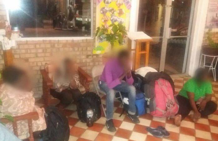 Abandonan en Ciudad Juárez a 19 africanos migrantes