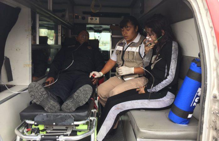 Salva policía a familia de incendio en Paseos de Chihuahua