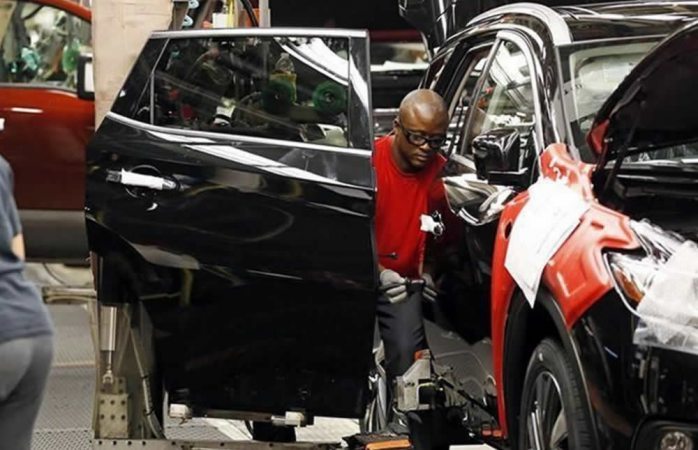 Pegaría regla de autos en TLC a empleos en Estados Unidos