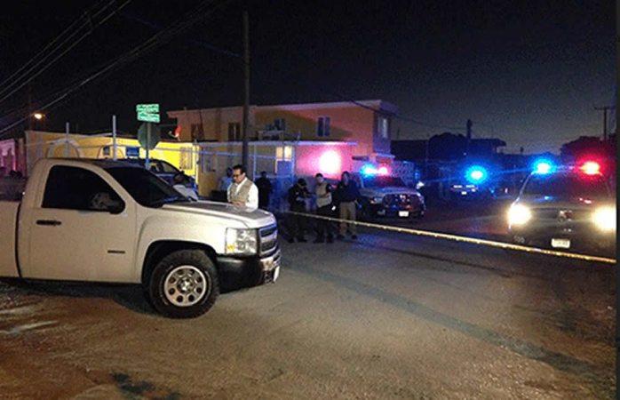 Persiguen y ejecutan a dos en Ciudad Juárez