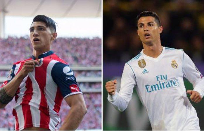 Presume Alan  Pulido regalo de Cristiano Ronaldo