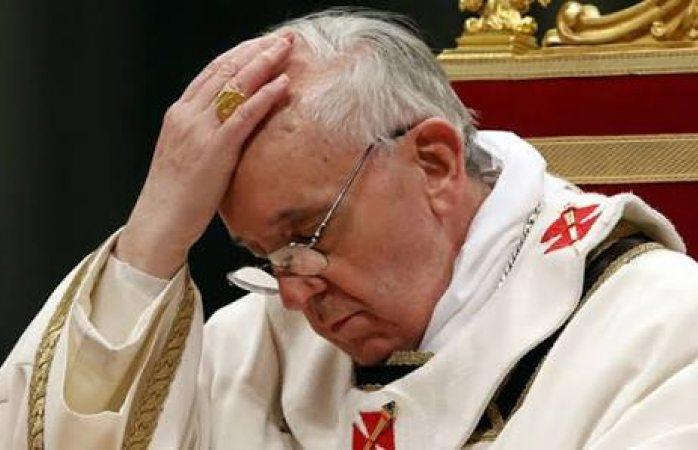 Reos aprovechan almuerzo con el Papa para fugarse