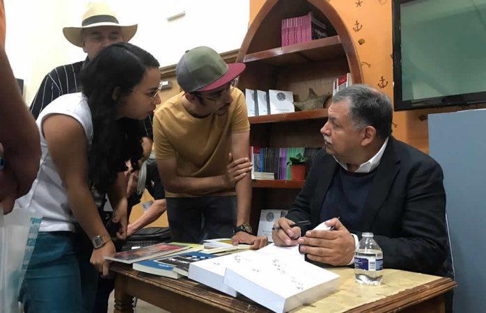 Destaca participación del ICM en la Feria del Libro Chihuahua 2017