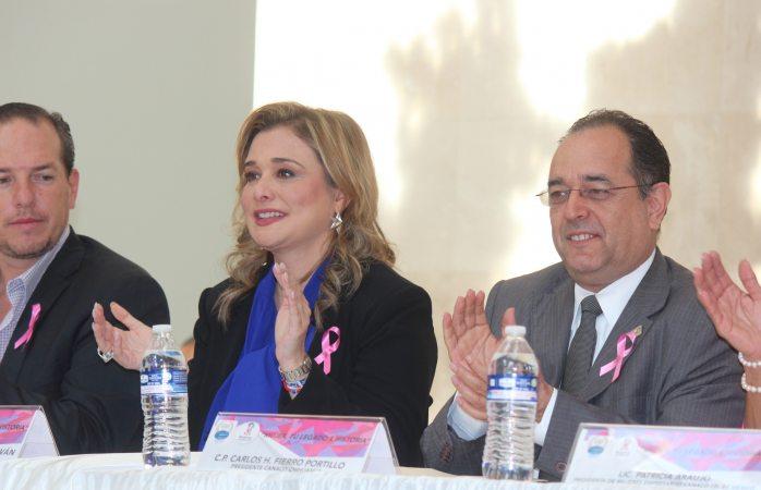 Encabeza Maru Campos foro de mujeres empresarias