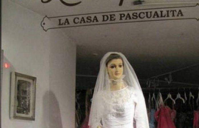 Desaparece La Pascualita de su aparador en el centro