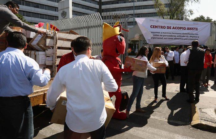 Instala Issste centros de acopio para afectados por sismo