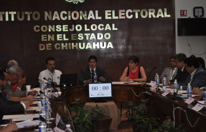 Realiza INE mesa de diálogo para cultura cívica