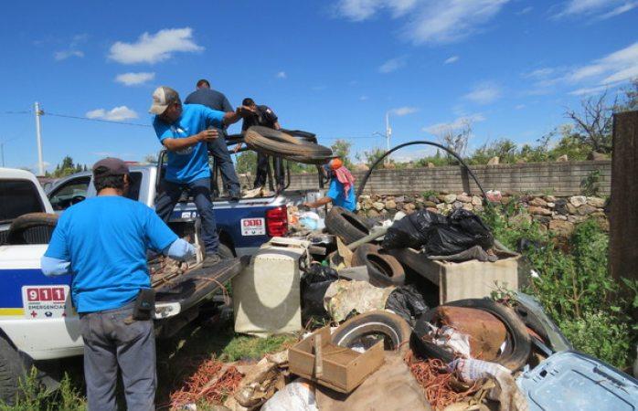 Realiza Gobierno Municipal campaña de destilichadero en El Charco, El Vallecillo y La Noria
